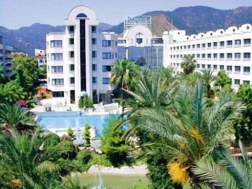 هتل آکوا